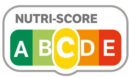 """El 'Nutri-score', un sistema de etiquetado """"manejado por la industria de la alimentación para blanquear efectos adversos"""""""